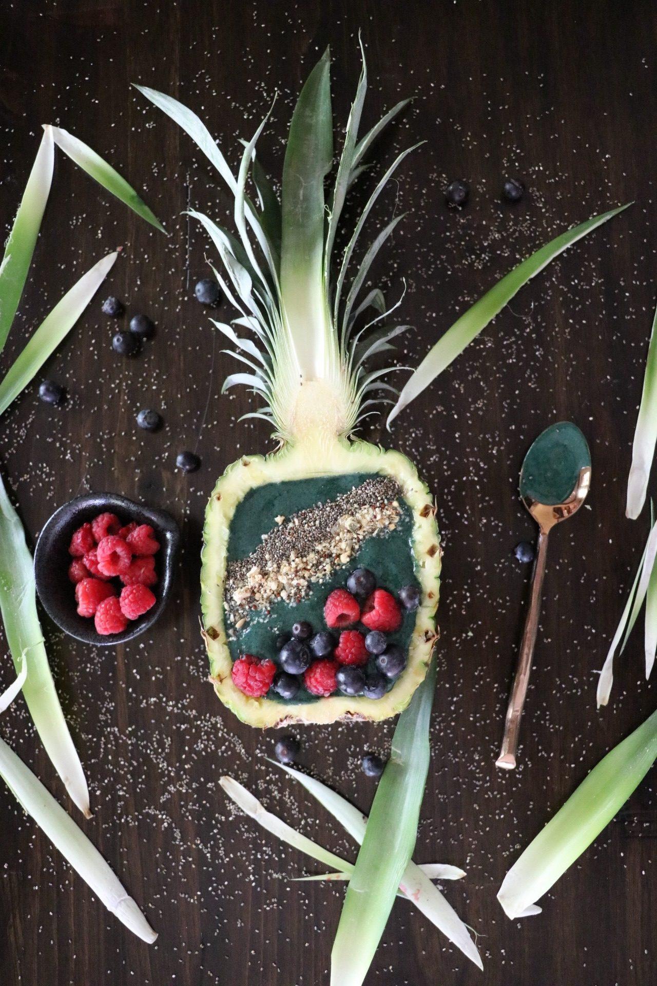 Spirulina Smoothie Bowl Recipe In Pineapple