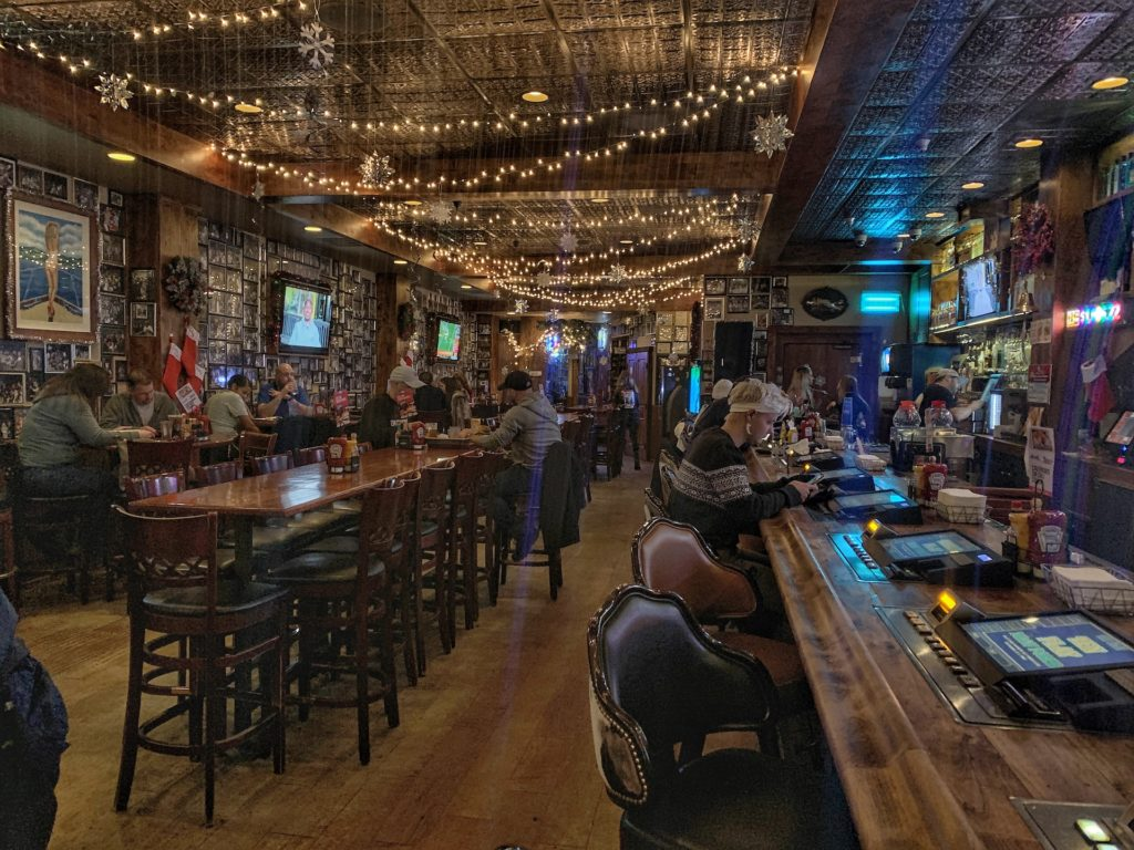 Best bars in South Lake Tahoe Lucky Beaver
