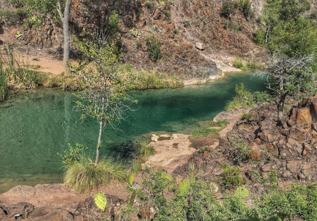 Fossil Creek Hike guide best waterfalls in Arizona