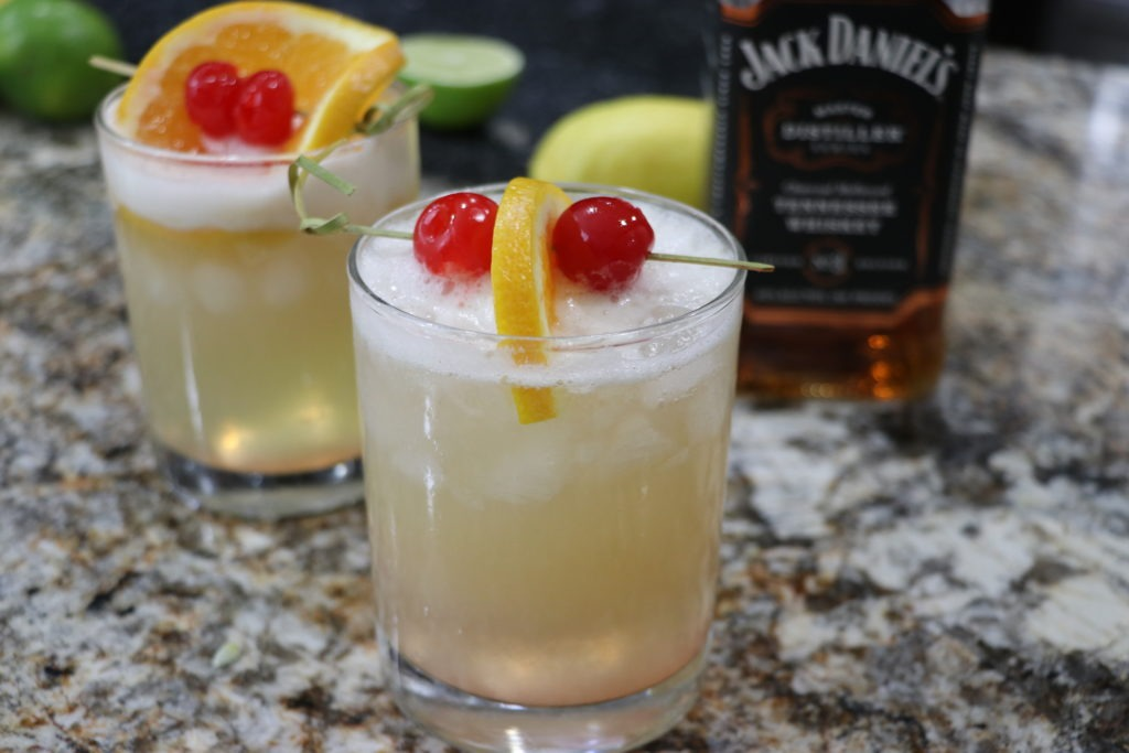 Perfect easy whiskey sour recipe