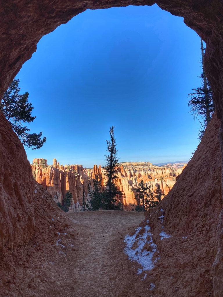 Peek-A-Boo-Loop Trail Hike Bryce Canyon National Park